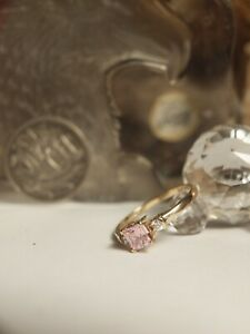 GENUINE - SOLID 375 YELLOW GOLD LADIES PINK TOPAZ & ZIRCONIA RING !