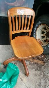 Antique Mission Oak Swivel Business + Banker's office Chair pattern aug.8,1939