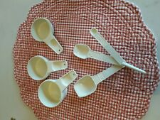 6 Tupperware Measuring Cups Spoons with Clip Off White Cream Replacement