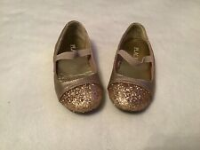 Toddler Girls Gold Dress Shoes from The Childrens Place, Size 7