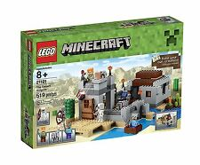 LEGO Minecraft 21121 the Desert Outpost Building Kit 519pcs - NEW