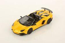 LOOKSMART - Lamborghini Aventador LP 750-4 Superveloce jaune Orion 2015 1/43