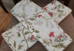 "NWOT POTTERY BARN Euro SHAMS (2) 100% cotton Floral 31""x32"""