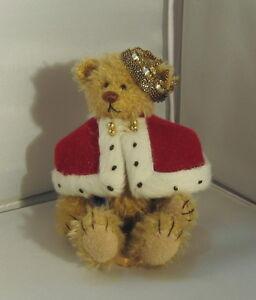 Deb Canham Miniature Bear- King Arthur  #340/2500