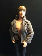 B42) CODY SIMPSON AUSSIE SINGING ROCK AND POP ICON BARBIE-KEN SIZE DOLL