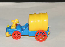 Woodstock Die cast Metal and Plastic Covered Wagon (4278)