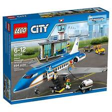 LEGO 60104 CITY AIRPORT PASSENGER TERMINAL * NEW * IN SEALED BOX  *  AIRPLANE