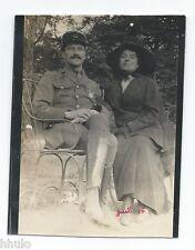 C466 Photo vintage originale Femme et Militaire uniforme portrait 1916