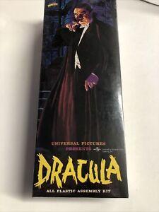 1999 Halloween Aurora Universal Monsters Dracula Model Kit - Sealed