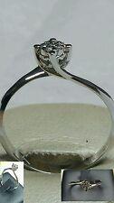 Anello Solitario Valentino magic 0,30 oro bianco 18 kt diamanti naturale cuori