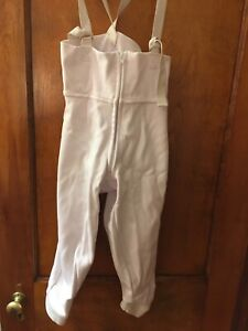Triplette Fencing Pants, Stretchy, CE 350N, youth size 28, excellent condition
