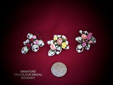 DOLLS HOUSE MINIATURE FLOWERS - TRI-COLOUR BRIDAL BOUQUET