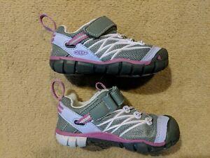 KEEN Toddler Kids Girls Shoes Sport Sneakers Gray Pink Purple Size 8 EUC!