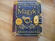 MAGYK BY ANGIE SAGE-1ST SEPTIMUS HEAP BOOK-BEAUTIFUL GLOSSY COVER-2013 PB EDITON