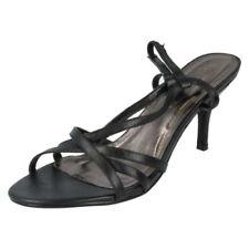 37 Scarpe da donna slim con tacco basso (1,3-3,8 cm)