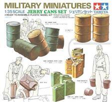 WW II JERRY CANS (AND BARRELS) SET #35026 1/35 TAMIYA