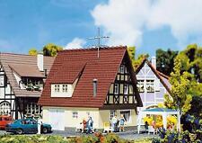 Faller 131245 Fachwerk-Einfamilienhaus 110x100x105mm NEU&OVP
