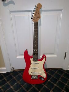 Squire Mini Strat Red Pre Owned