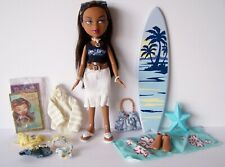 Bratz Sun-Kissed Summer Sasha Doll 3 Outfits 2 Sets of Feet Collectible Card