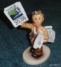 NIAGARA FALL CONVENTION Goebel Hummel Figurine EXTRA! EXTRA! #2113 - VERY RARE!