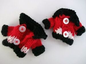 6 Hand Knit Mini Christmas Holiday Santa Sweater/craft/ornament/Doll C29-Black