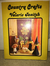 Fun Country Crafts Book Valerie Janitch 1973 Home Decor Decorating Ideas