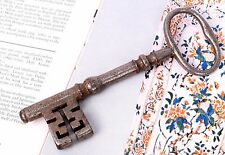 Vintage Old Iron Skeleton Key Great Table Top Décor - Unique Collectible. G2-234
