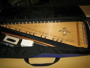 Unicorn Strings Bowed Psaltery with carrying case never used
