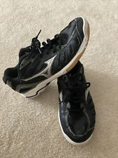 mizuno volleyball shoes womens size 7.5