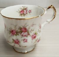 English Paragon Victoriana Rose Pattern Bone China Cup c1981-90 A/F Chip