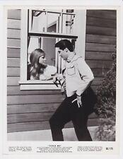ELVIS PRESLEY TICKLE ME 1965 ORIGINAL 8X10 VERTICAL MOVIE PHOTO W/ JOCELYN LANE