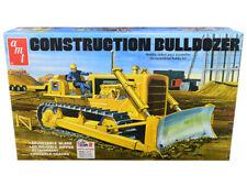 Skill 3 Model Kit Construction Bulldozer 1/25 Scale Model by AMT