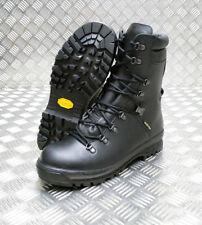 Stivali, anfibi e scarponcini da uomo neri 100% pelle