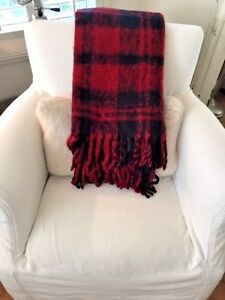 Pottery Barn Faux Mohair Buffalo Plaid Black Red Throw Blanket NWT