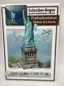 La statue de la Liberté maquette a monter en carton hauteur 41cm belle qualité