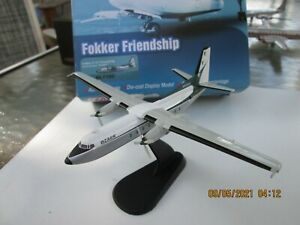 Hobby Master 1/200: Ozark Airlines F-27 N4300F  HL1106  RARE