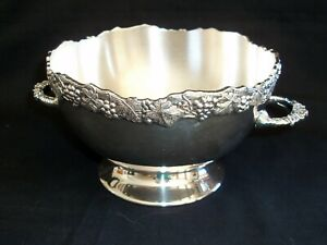 VINTAGE SILVER PLATED ICE BOWL WITH GRAPE VINE DESIGN OLD SHEFFIELD REPRODUCTION