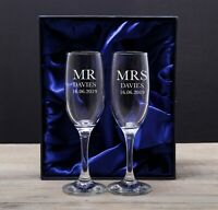 Personalised Champagne Flutes Mr and & Mrs Glasses Set Weddings Anniversary Gift