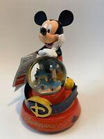 Boule A Neige Et Musique MICKEY / Snow Globe MK Disneyland Paris Neuf New 18cm