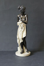 antikisierende Skulptur Dekofigur Figur Frau mit Tuch Akt