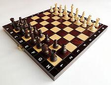 NUOVISSIMO fatto a mano da viaggio in legno set di scacchi 27 cm x 27 cm spedizione gratuita in Europa