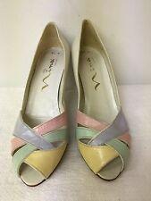 Nina Women cream/multicolor  Leather Peep Toe Heels Pumps Shoes Size 8.5 M