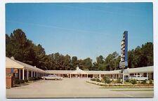 WILLIAMSBURG VA 1950s Cars 1960 Buick Colonial Motel postcard