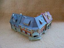 Vollmer 3 Wohnhäuser über Eck / Spur N - gebaut