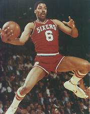JULIUS ERVING SIXERS 8 X 10 PHOTO WITH ULTRA PRO TOPLOADER