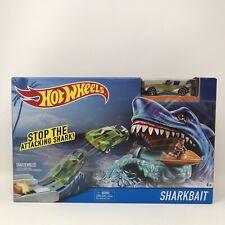 Hot Wheels SHARK BAIT Play Car & Track Set