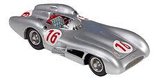 Mercedes Tourenwagen- & Sportwagen-Modelle im Maßstab 1:8