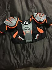 Bauer Supreme One4 Youth Size M Hockey Shoulder Pads