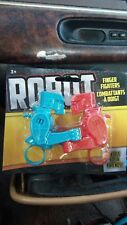 Robot Fighting Fingers! NIP Battle Your Friends! Free Shipping