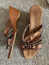 Ladies Pretty Bronze Coloured Sandals (Size 6.5/40)